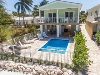 Brand New Direct Gulf Front Home Sleeps 10 Boat Dock, Beach, and Private Pool - Marathon vacation rentals