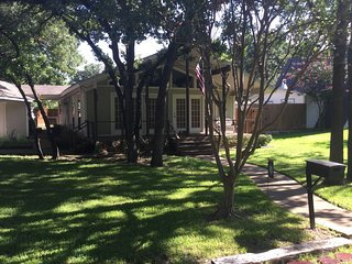 1 bedroom House with Internet Access in Grapevine - Grapevine vacation rentals