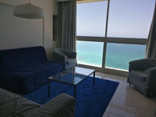 Nice Apartment - 5 Star Hotel on Herzelia Beach - Herzlia vacation rentals