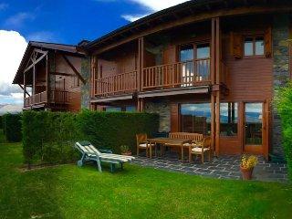 Cozy 3 bedroom House in Osseja - Osseja vacation rentals