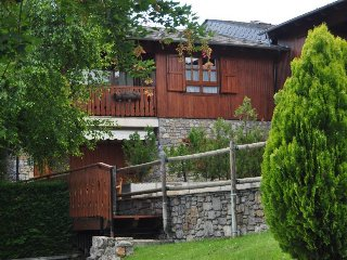 3 bedroom Apartment with Washing Machine in Alp - Alp vacation rentals