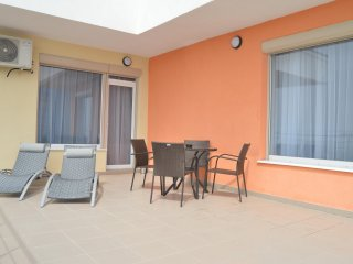 Nice Condo with Internet Access and A/C - Mamaia-sat vacation rentals