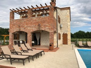 Villa Suzy - Vodnjan vacation rentals
