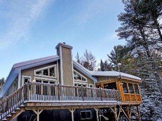The Morgan, chalet with a spa! - Rawdon vacation rentals