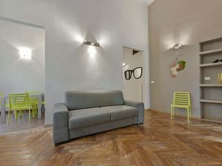 Comfortable 2 bedroom Alba Apartment with A/C - Alba vacation rentals
