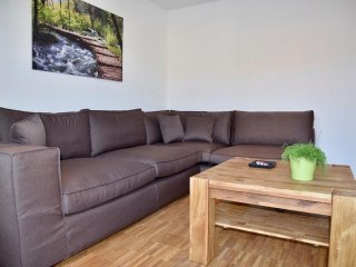 3-Bedroom Furnished Apartment Stuttgart Downtown - Stuttgart vacation rentals