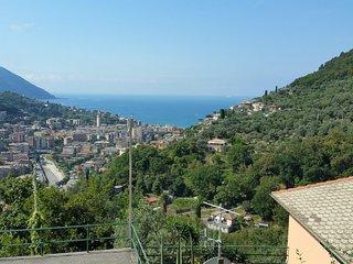 Villa Pia with pool Recco Camogli Cinque Terre apart. B - Recco vacation rentals