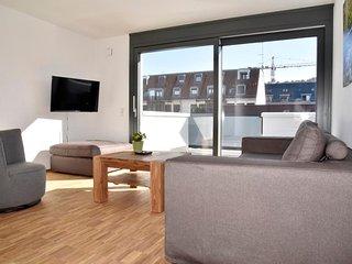 2-Bedroom Serviced Apartment Stuttgart Downtown - Stuttgart vacation rentals