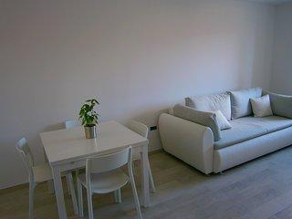 2 bedroom Condo with Internet Access in Cove Tri Zala (Zrnovo) - Cove Tri Zala (Zrnovo) vacation rentals