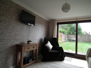 cosy bungalow in quite location ,off road parking with private garden - Leysdown-on-Sea vacation rentals