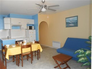 Nice Condo with Television and Microwave - Saint-Hilaire-de-Riez vacation rentals