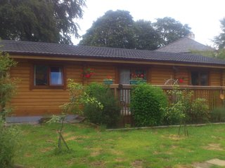 3 bedroom Cabin with Deck in Fort William - Fort William vacation rentals