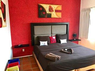 King size con ducha y baño privado exterior - Playa del Carmen vacation rentals