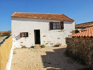 1 bedroom House with Parking in Tomar - Tomar vacation rentals