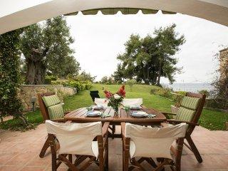 4BDR Beachfront House in Kalandra - Kalandra vacation rentals
