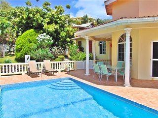 Perfect House with Private Outdoor Pool and Internet Access - Westerhall vacation rentals