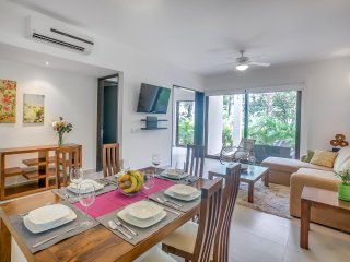 Hidden Gem Two bedroom Garden Corner Condo TAO - Akumal vacation rentals