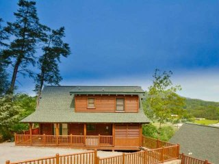 Smoky Mountain Haven - 5BR/4BA Luxury Cabin in the Smoky Mountains! - Sevierville vacation rentals