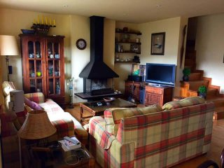 Comfortable House with Television and Microwave - Palau-de-Cerdagne vacation rentals
