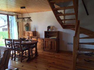 Nice House with Television and Microwave - Estavar vacation rentals