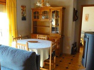 Comfortable 2 bedroom Condo in Bellver de Cerdanya with Television - Bellver de Cerdanya vacation rentals
