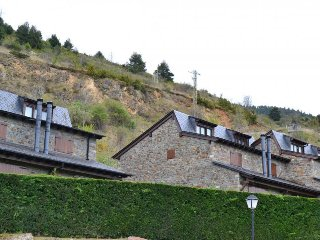 Perfect 3 bedroom Alp House with Wireless Internet - Alp vacation rentals