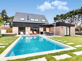 Maison neuve avec piscine près de Carnac - Plouharnel vacation rentals