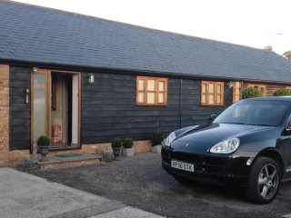 Easter Cottage in Norton  HOLIDAY ACCOMMODATION - Fontwell vacation rentals