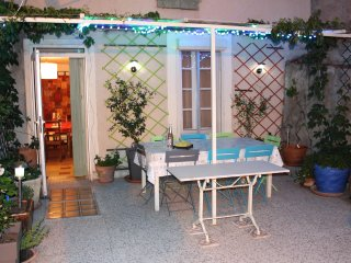 4 bedroom House with Internet Access in Berlou - Berlou vacation rentals