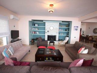 Luxury Seaside penthouse in Saranda - Sarande vacation rentals