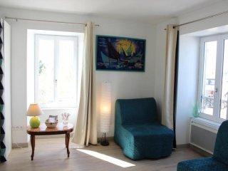 Cozy La Rochelle Studio rental with Television - La Rochelle vacation rentals