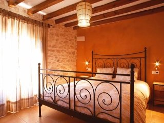 Nice Private room with Internet Access and Wireless Internet - Torremanzanas vacation rentals