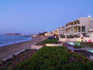 Villa Espera - Beachfront house, private swimming pool, 1 km from city centre Rethymno NW coast - Rethymno vacation rentals