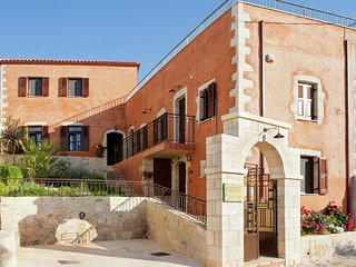 House Afroditi - Traditional beautiful big house for 8-12 persons - Kastellos vacation rentals
