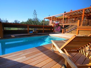 Villa Monte Alto - Luxury villa with private swimming pool and jacuzzi in Odiáxere - Odiaxere vacation rentals