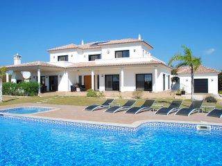 Cacela - Luxury villa with private pool, terrace, Wii and air conditioning, near Cacela Velha - Vila Nova de Cacela vacation rentals