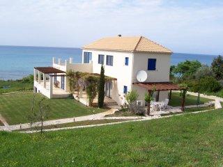 Villa Blue Whale - Beautiful large villa, max. 12 pers., at the sea, private pool, north Corfu - Karousades vacation rentals