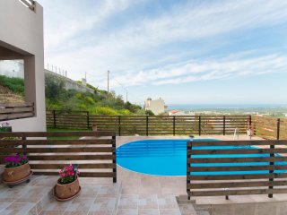 2 bedroom Villa with Internet Access in Adele - Adele vacation rentals