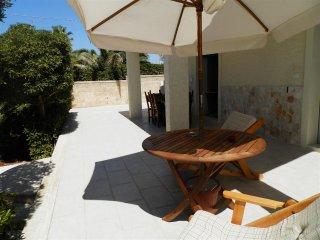 Cozy 2 bedroom House in Torre Suda - Torre Suda vacation rentals