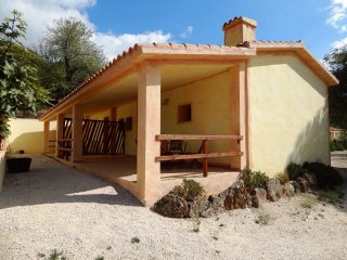 Lovely Condo with Television and Satellite Or Cable TV - Cala Gonone vacation rentals