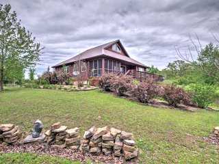 New! Lovely 3BR Osceola House on 80 Organic Acres! - Quincy vacation rentals