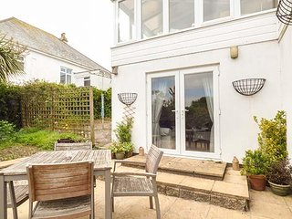 JANJIRA, seaside, beaches, private parking, coastal path, St Ives, Ref 956842 - Carbis Bay vacation rentals