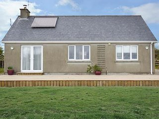 COLLA, detached bungalow, easy access to amenities, near Schull, ref 953977 - Schull vacation rentals