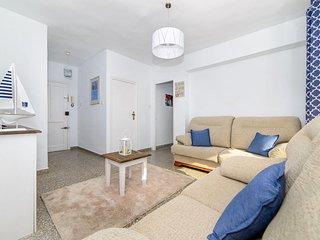 Cozy 3 bedroom Condo in Punta Prima Es with Internet Access - Punta Prima Es vacation rentals
