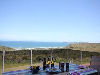 Bright 3 bedroom Vacation Rental in Bonny Hills - Bonny Hills vacation rentals