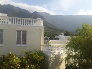 7C Upland Avenue - Cape Town vacation rentals