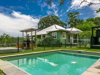 4 bedroom House with Internet Access in Coorabell - Coorabell vacation rentals