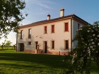 Nice Farmhouse Barn with Internet Access and Wireless Internet - Lugo vacation rentals