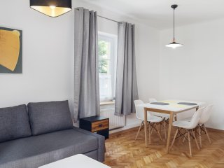 3 rooms stunning & quiet flat for 6, Old Town, Warsaw - Warsaw vacation rentals