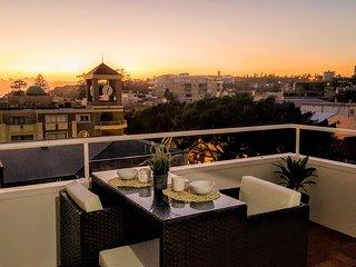 Views, Central, Light, Big Balcony - Studio Apartment - Fairlight vacation rentals